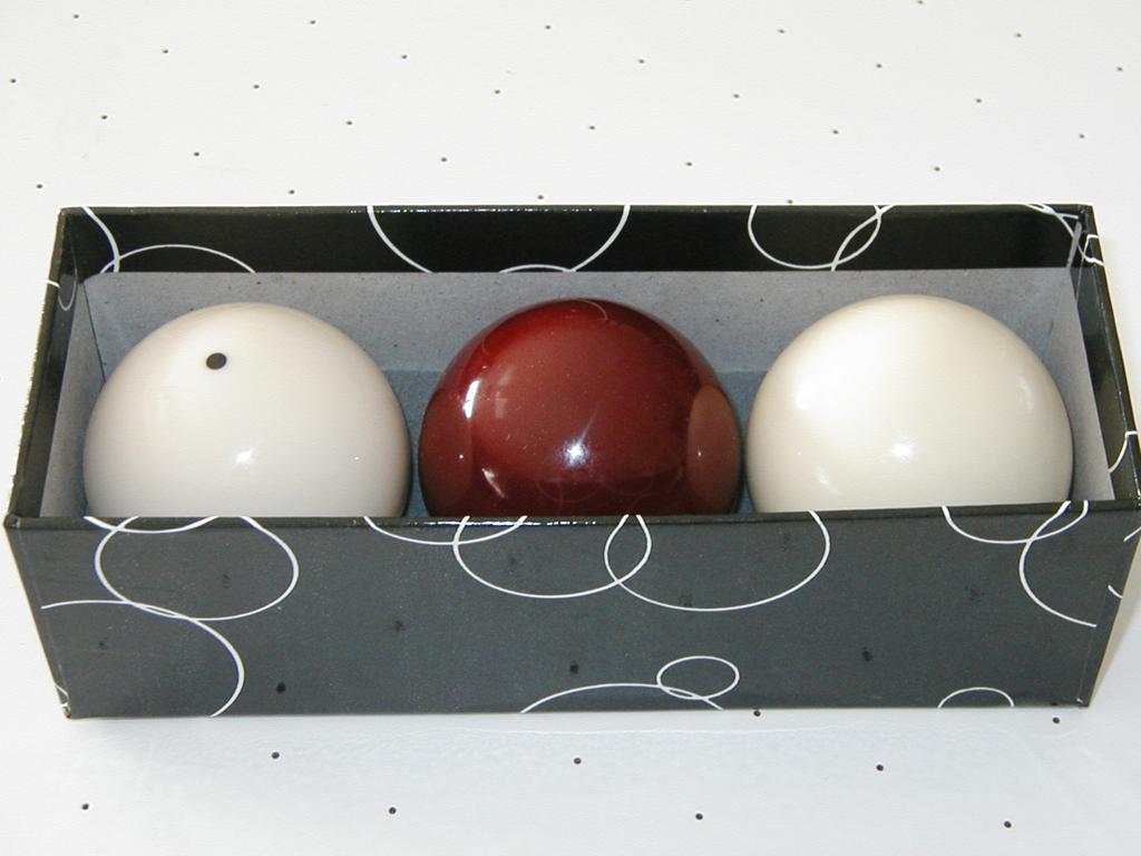 billes boules de billard fran ais carambole. Black Bedroom Furniture Sets. Home Design Ideas